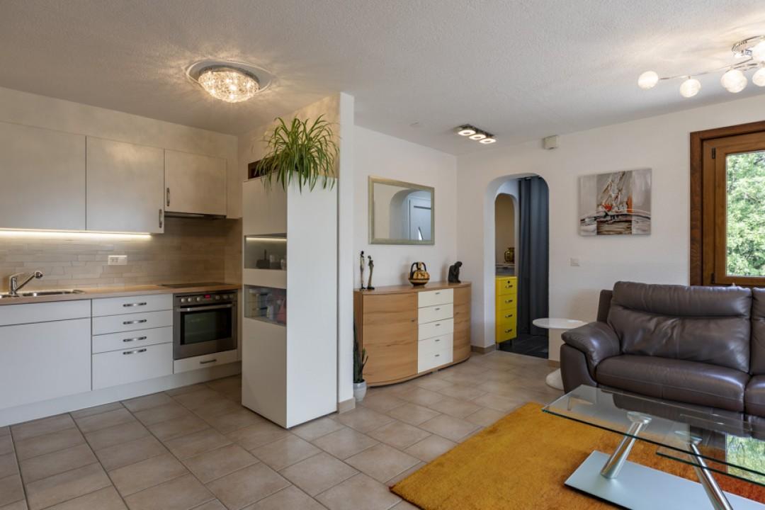 Sehr schöne Wohnung mit großer Terrasse und hübschem Garten  - 9