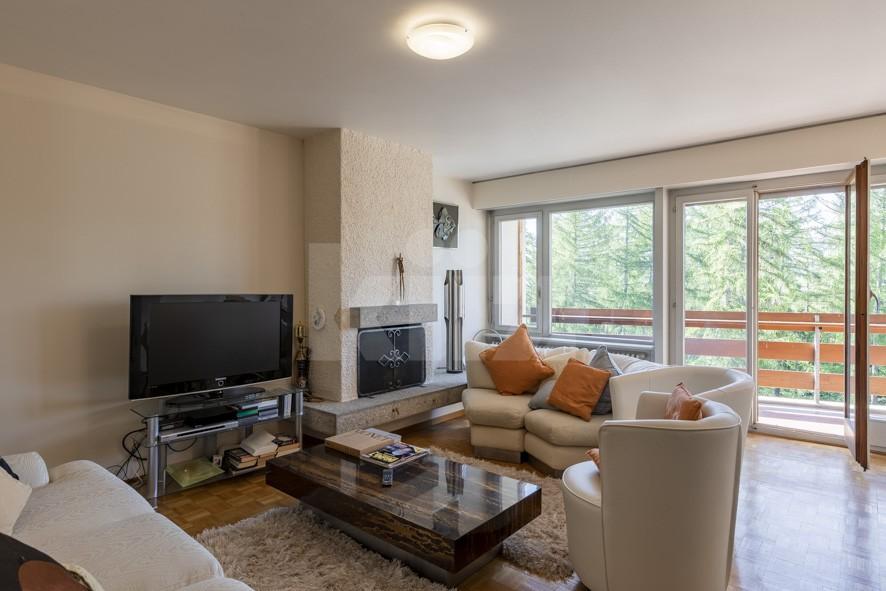 Sehr schöne helle Wohnung mit viel Potenzial - 3
