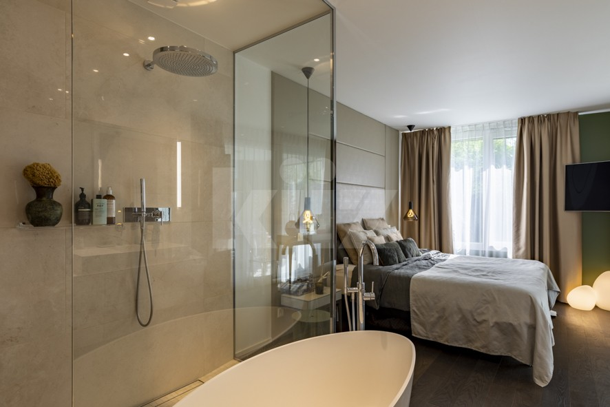 VENDU! Appartement haut de gamme avec jardin privatif - 11
