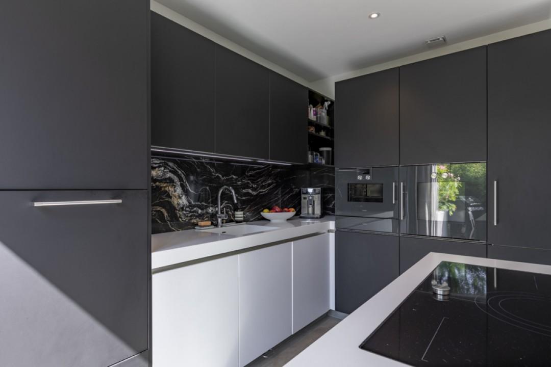 Exceptionnel appartement haut de gamme avec jardin privatif - 7