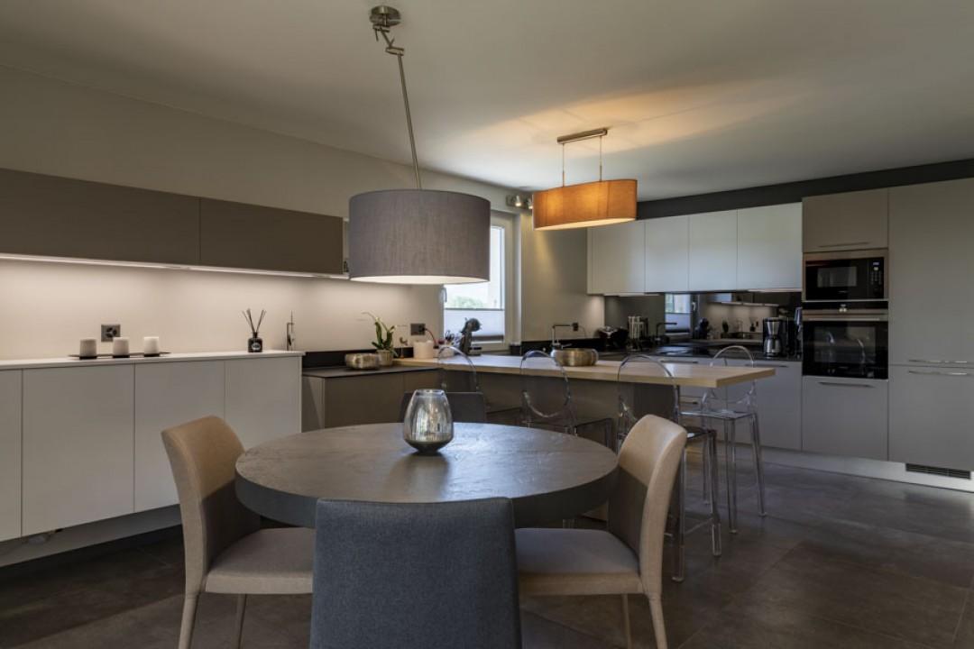 Superbe appartement de standing entièrement rénové avec goût - 5