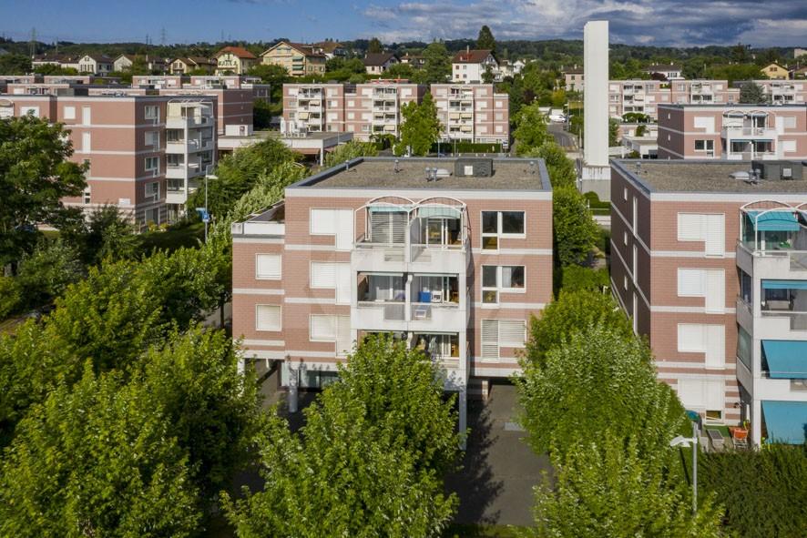 VENDU! Bel appartement au dernier étage avec terrasse - 1