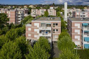 Bel appartement au dernier étage avec agréable terrasse