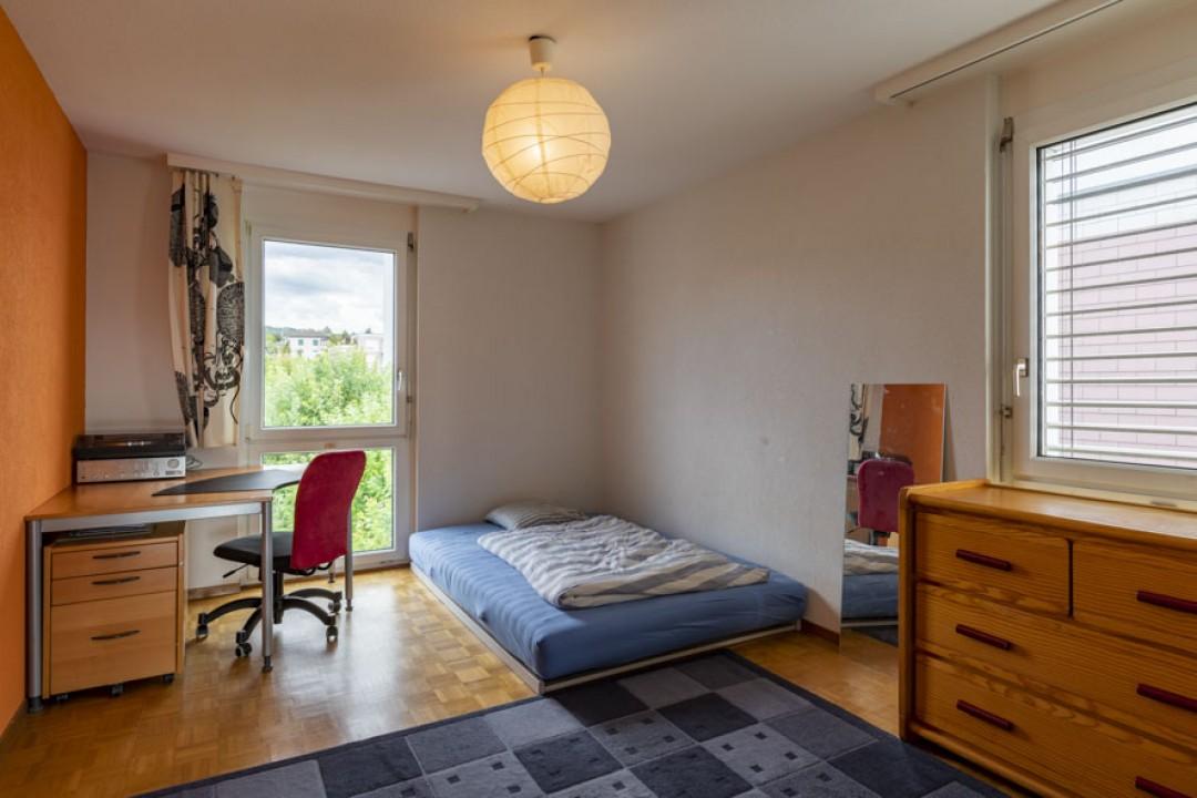 Schöne Wohnung im obersten Stockwerk mit schönem Balkon - 7