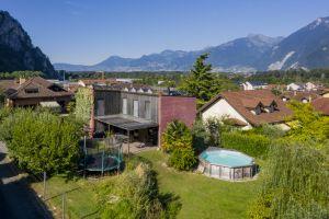 Belle villa individuelle à l'architecture contemporaine
