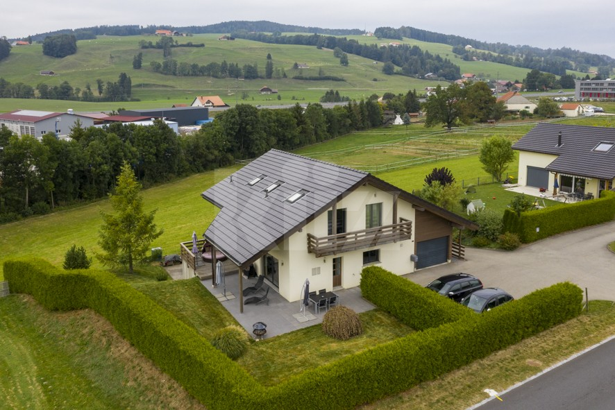 Splendide villa individuelle avec jardin - 1