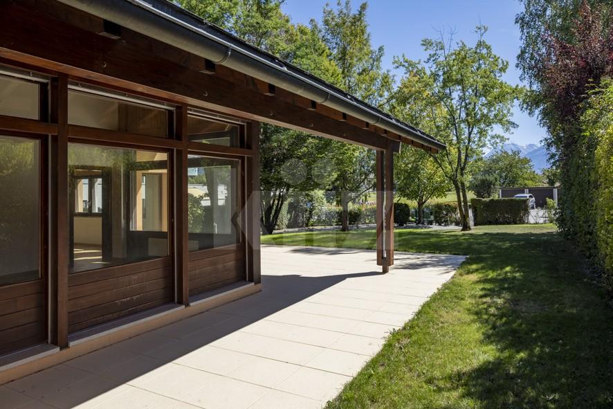 Imperdibile! Villa circondata da un parco di 1350 m2 - 2