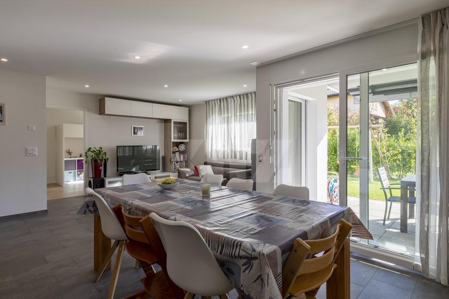 Très bel appartement avec grande terrasse et jardin de 200m2 - 3
