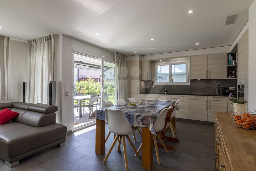 Très bel appartement avec grande terrasse et jardin de 200m2 - 4