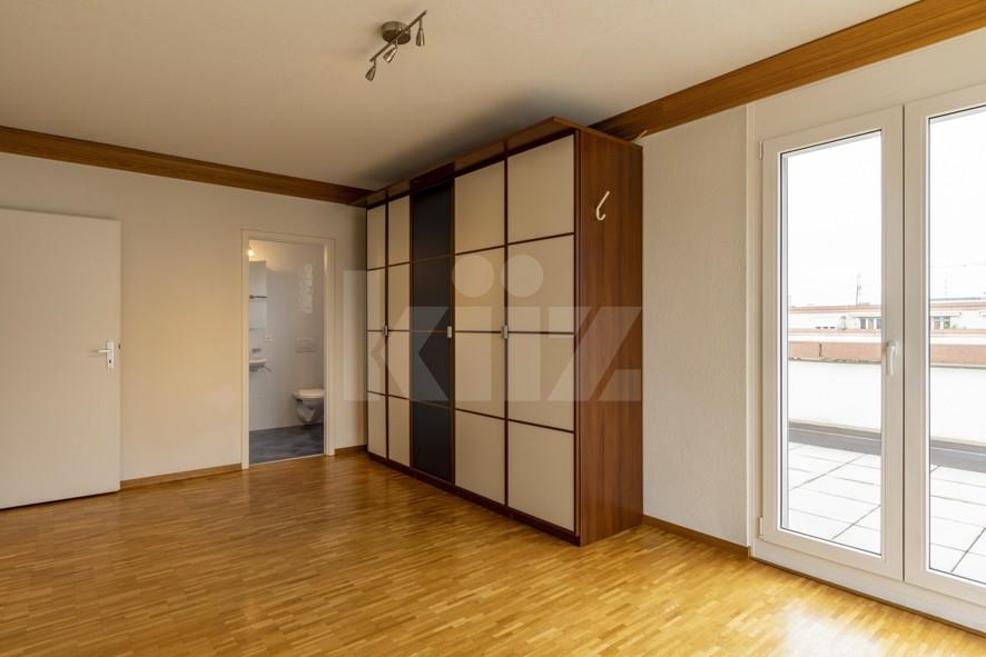 Vendu! Grand attique avec terrasse phénoménale - 9