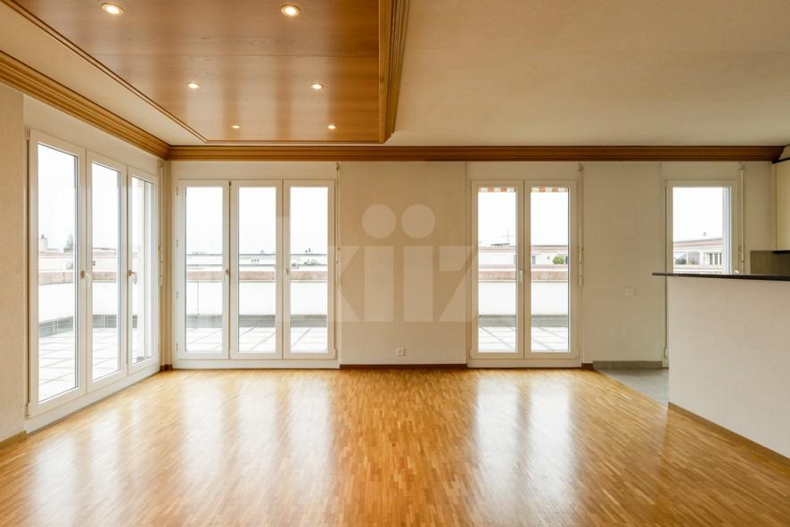 Vendu! Grand attique avec terrasse phénoménale - 4