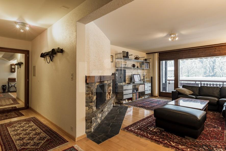 VENDU! Bel appartement avec cheminée - 4