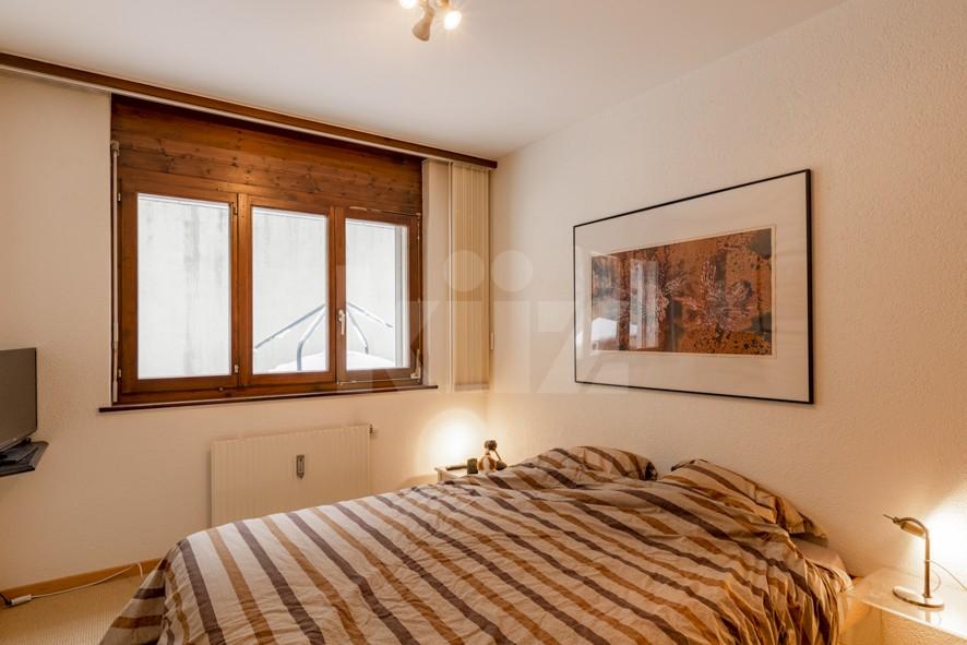 VENDU! Bel appartement avec cheminée - 10