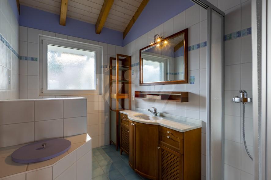 Superbe villa individuelle avec piscine et vue sur les Alpes - 11