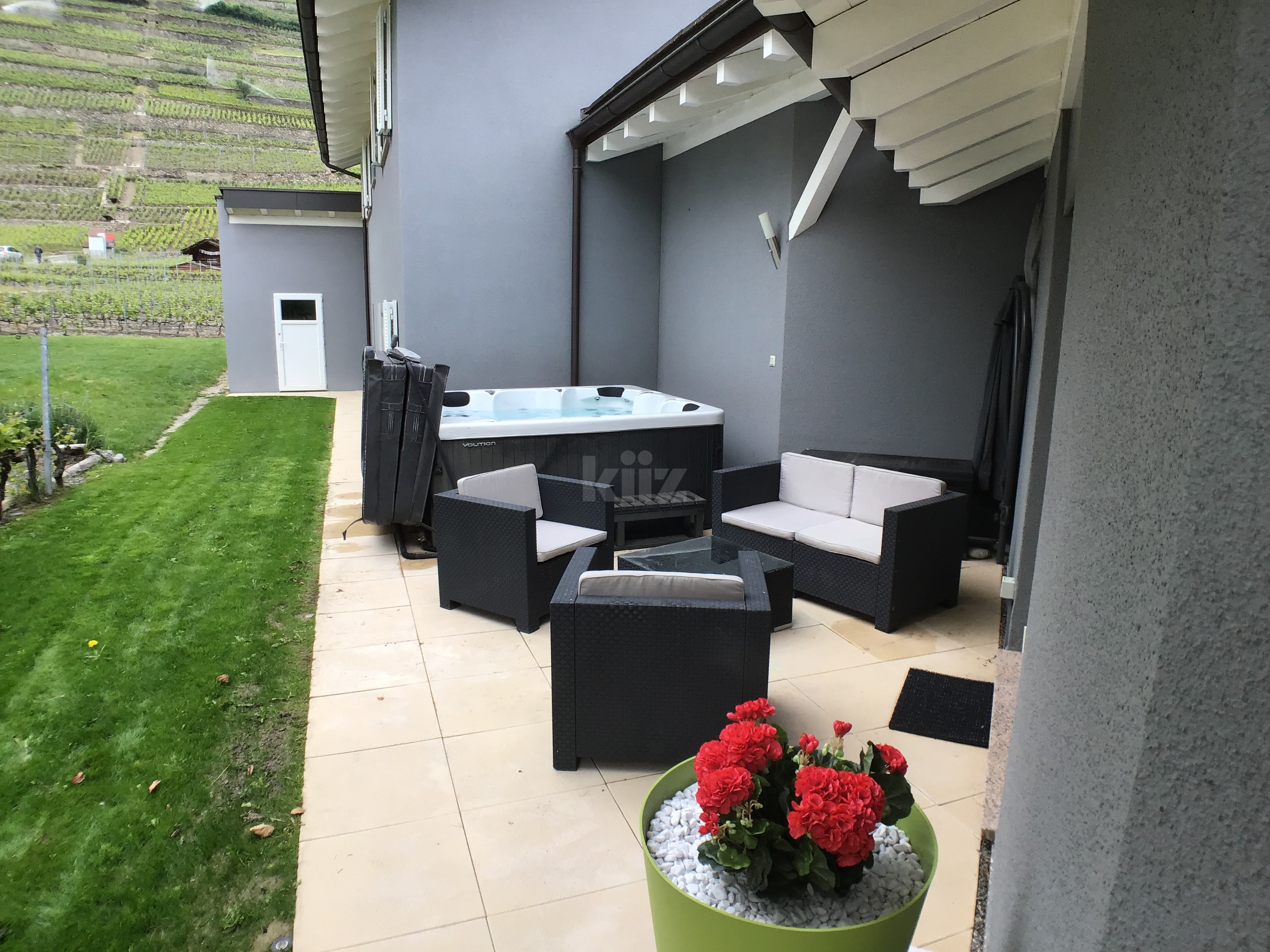 Superbe villa individuelle avec piscine et vue sur les Alpes - 12
