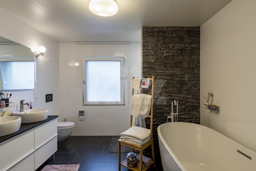 Charmante villa familiale avec jardin et studio indépendant - 9