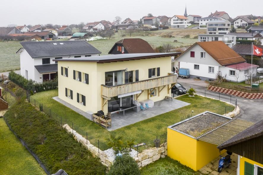 Charmante villa familiale avec jardin et studio indépendant - 1