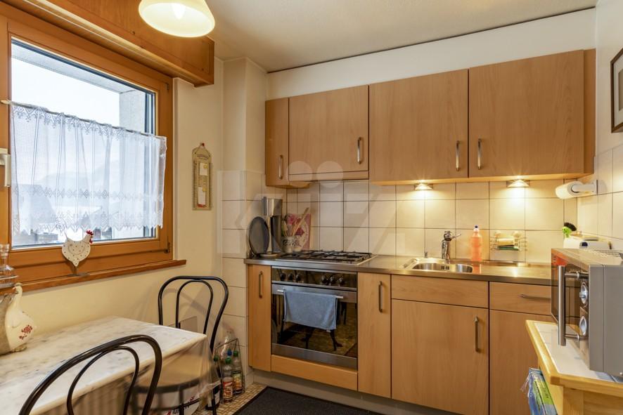 VENDU ! Joli petit immeuble de deux appartements de 4 pièces - 5