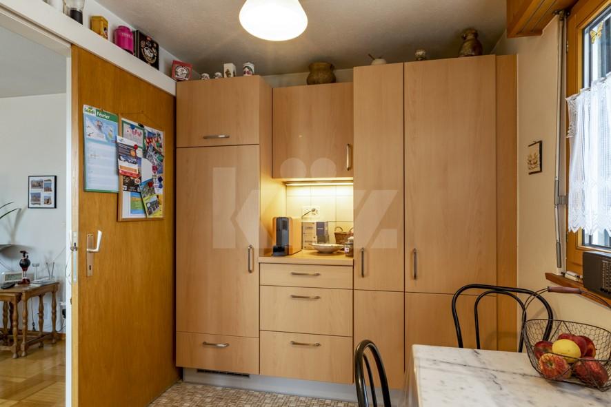 VENDU ! Joli petit immeuble de deux appartements de 4 pièces - 6