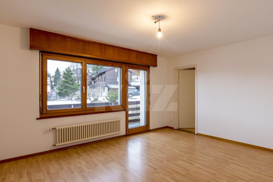 VENDU ! Joli petit immeuble de deux appartements de 4 pièces - 10