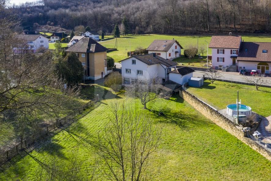 Charmante villa familiale avec magnifique jardin bucolique - 1