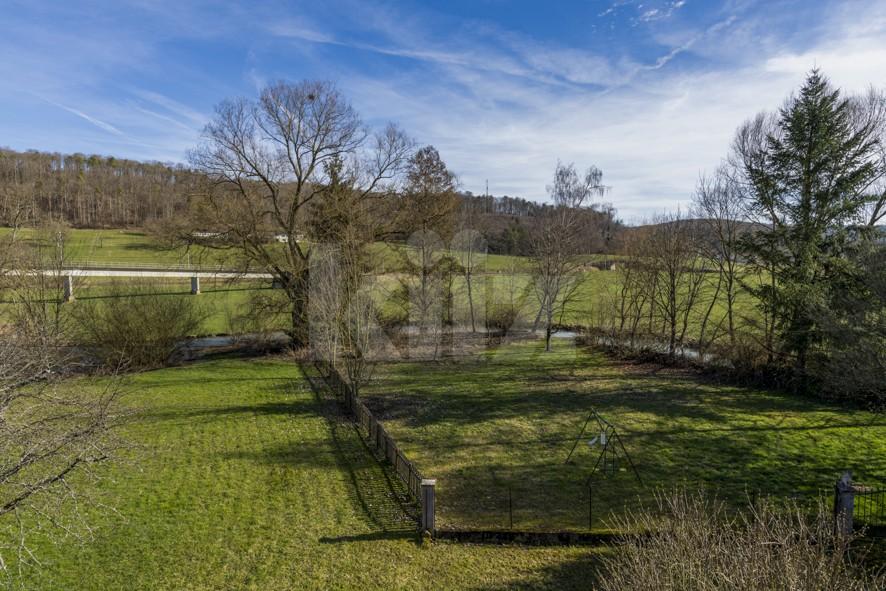 Charmante villa familiale avec magnifique jardin bucolique - 11