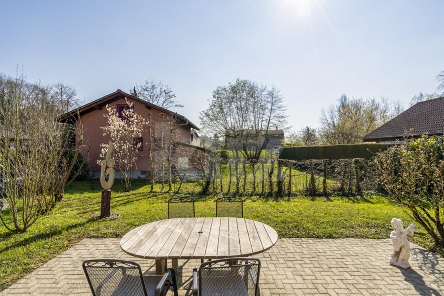Helles und schönes Chalet mit angenehmer Garten  - 11
