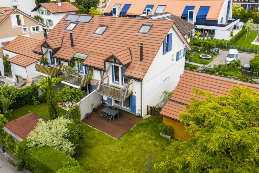 Vendu! Très jolie maison mitoyenne avec superbe jardin - 12