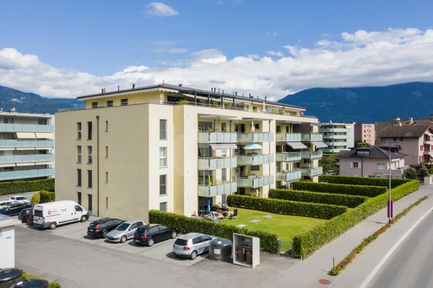 Très bel appartement spacieux avec large terrasse couverte - 1