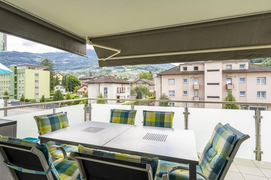 Très bel appartement spacieux avec large terrasse couverte - 11