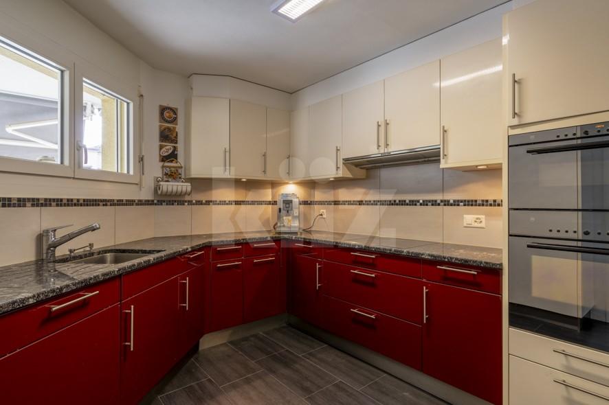 Très bel appartement spacieux avec large terrasse couverte - 4