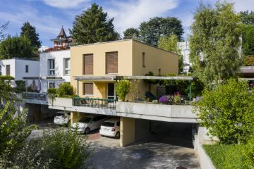 Charmante villa mitoyenne avec terrasses et jardin