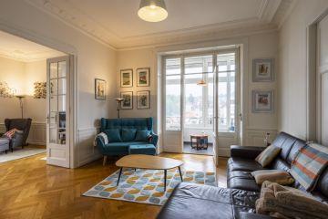 Superbe appartement traversant très lumineux
