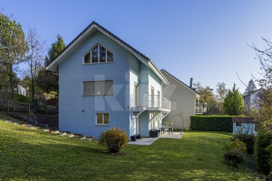 VENDU ! Accueillante villa familiale avec grand jardin - 1