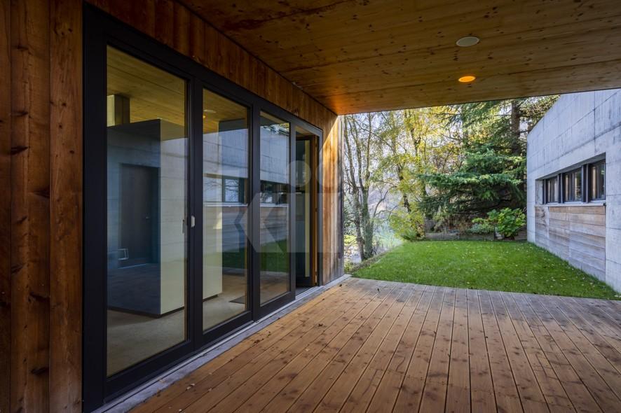 Superbe villa d'architecte avec vue panoramique - 9