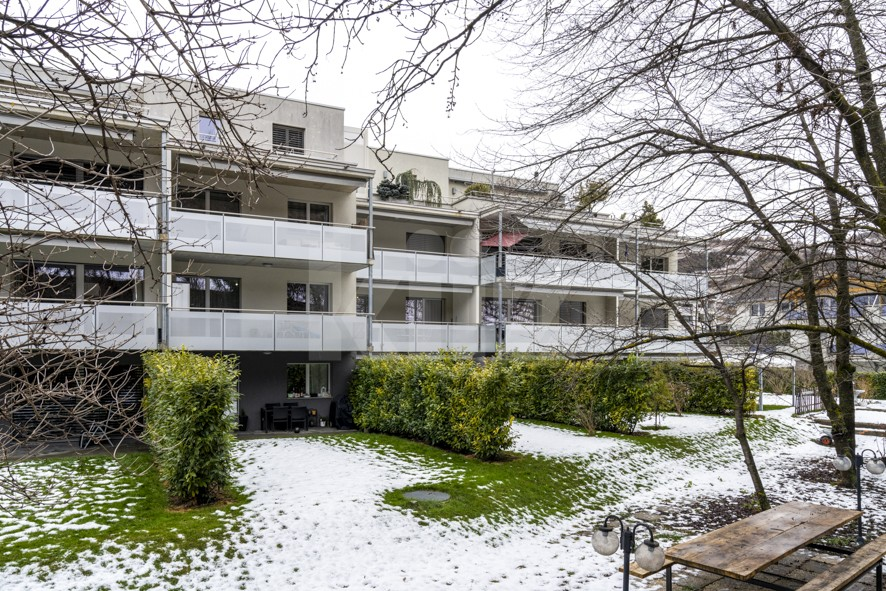 Opportunité pour investisseur ! Appartement traversant de 3½ - 11