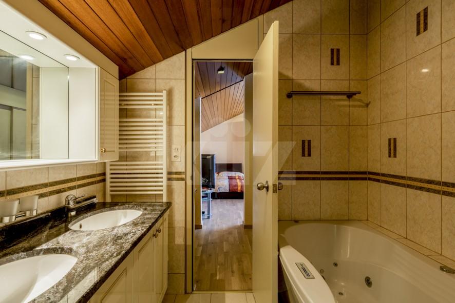 Objet rare! Exceptionnelle villa familiale avec piscine - 10