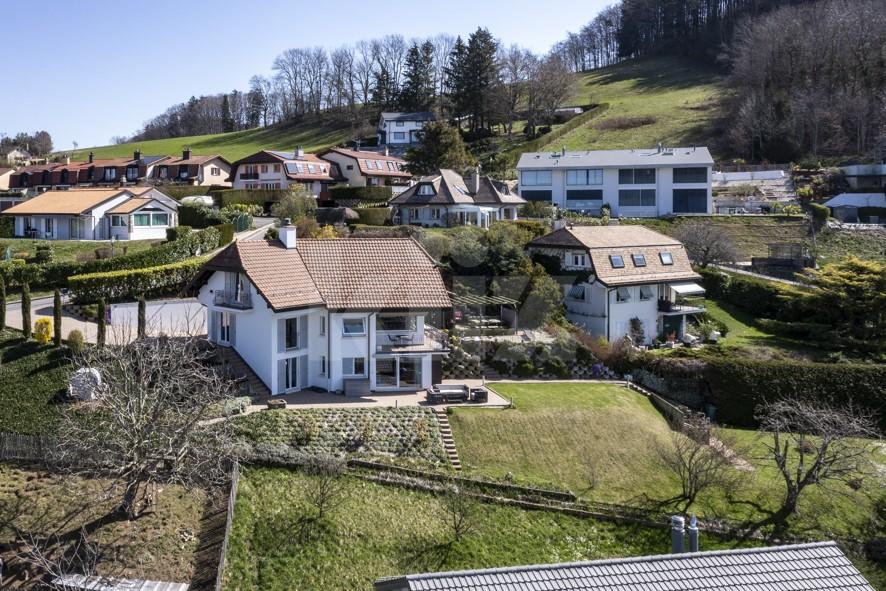 Splendide villa avec vue panoramique sur le lac - 2