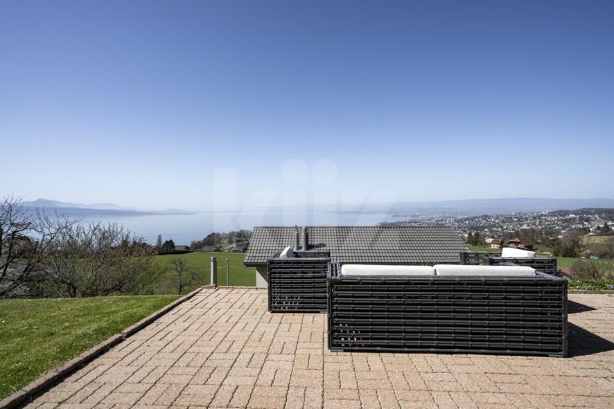 Splendide villa avec vue panoramique sur le lac - 1
