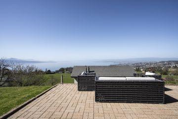 Splendide villa avec vue panoramique sur le lac