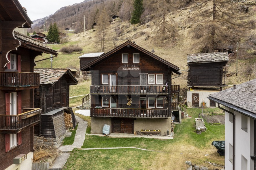 Charmant duplex à 5min en train de Täsch (Zermatt) - 1
