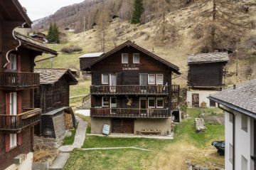 Charmant duplex à 5min en train de Täsch (Zermatt)