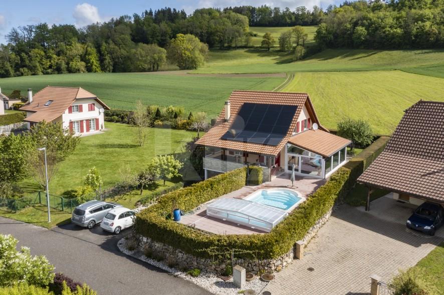 Magnifique villa familiale avec piscine - 1