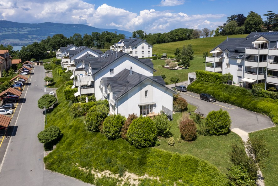 Belle villa avec jardin - 11