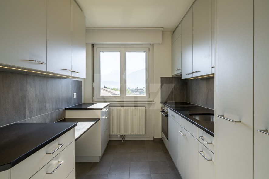 Bel appartement avec grand balcon - 2