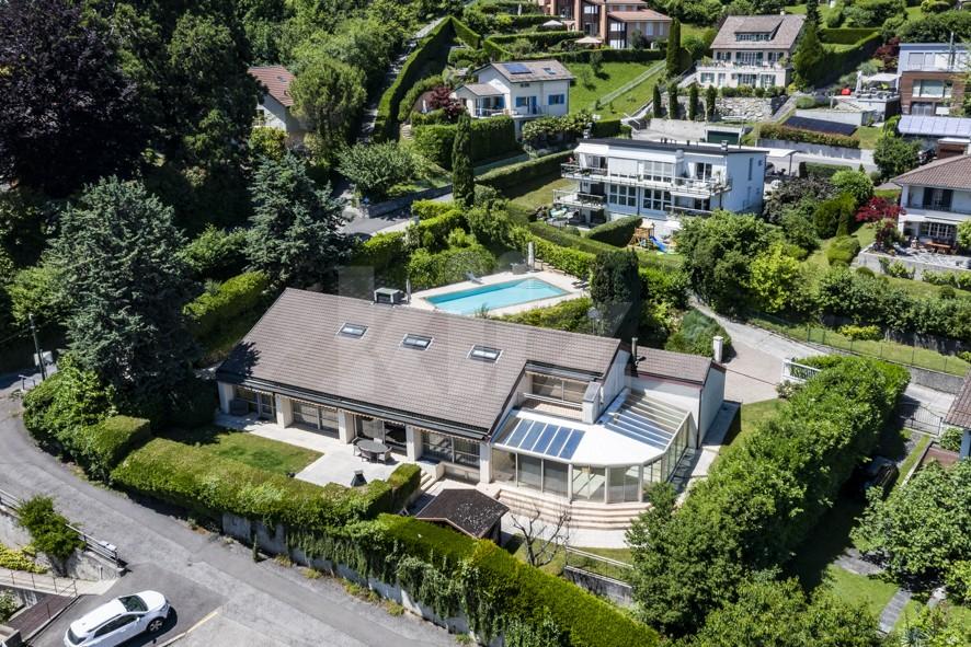 Objet rare! Exceptionnelle villa familiale avec piscine - 1