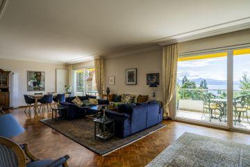 Objet rare! Superbe appartement avec vue sur le lac
