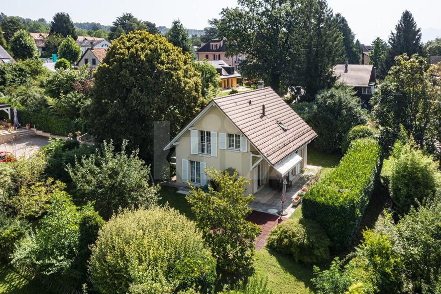 Très jolie maison individuelle avec jardin - 1