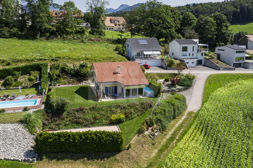 Jolie maison individuelle avec jardin - 1