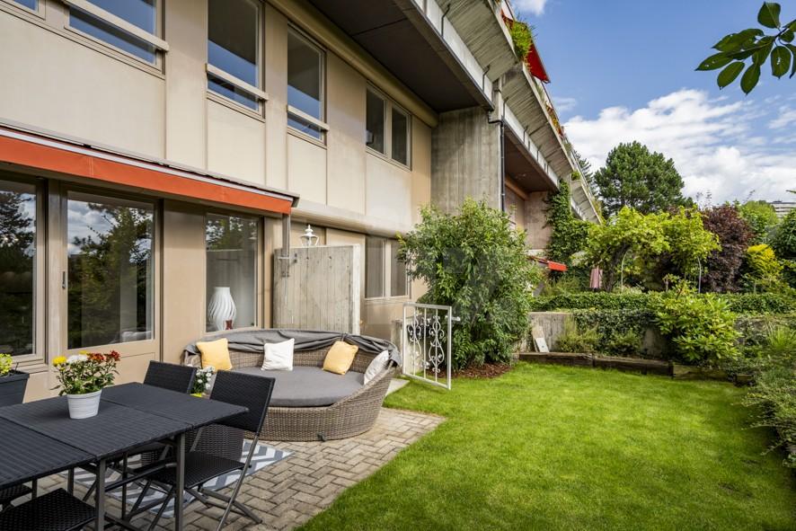 Charmant duplex rénové avec jardin - 1